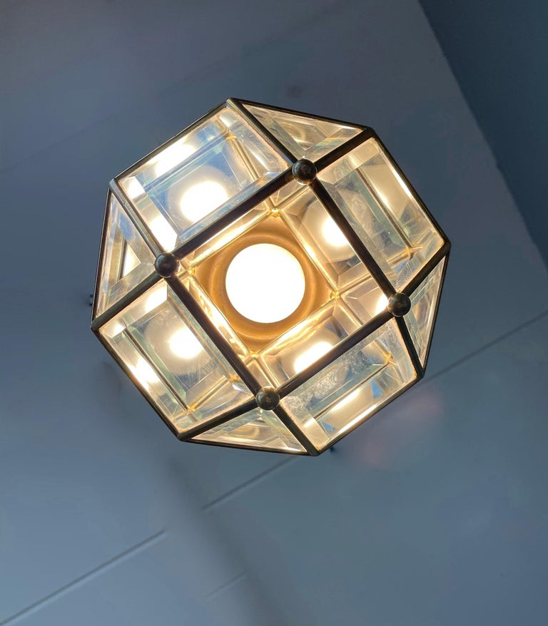 Early 1900s Beveled Glass and Brass Pendant Cubic Adolf Loos Style Ceiling Light In Excellent Condition For Sale In Lisse, NL