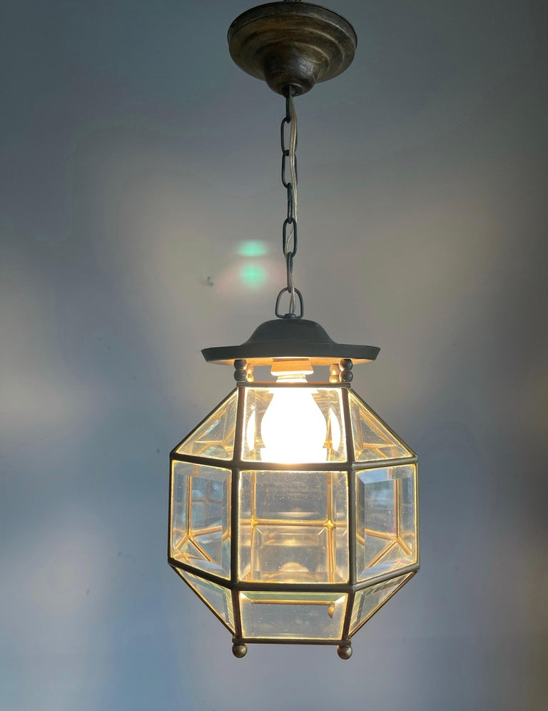 Early 1900s Beveled Glass and Brass Pendant Cubic Adolf Loos Style Ceiling Light For Sale 8