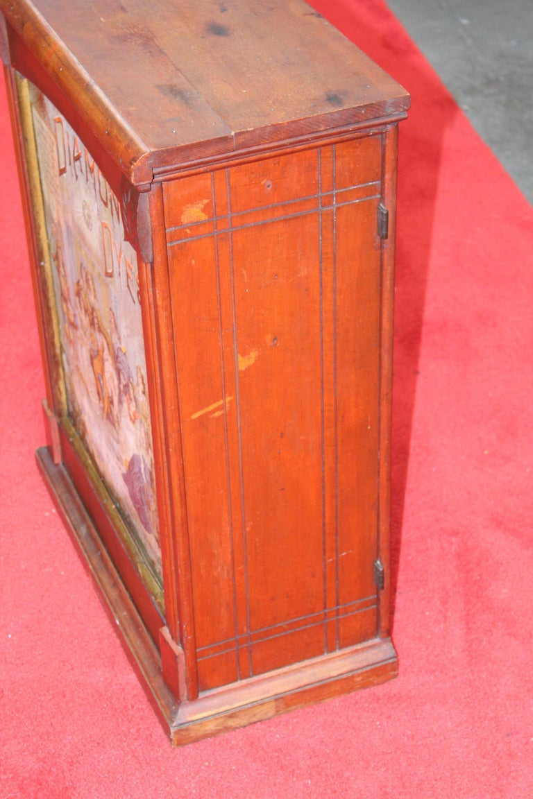 Early 1900s Diamond Dyes Lithograph Display Cabinet For Sale 5