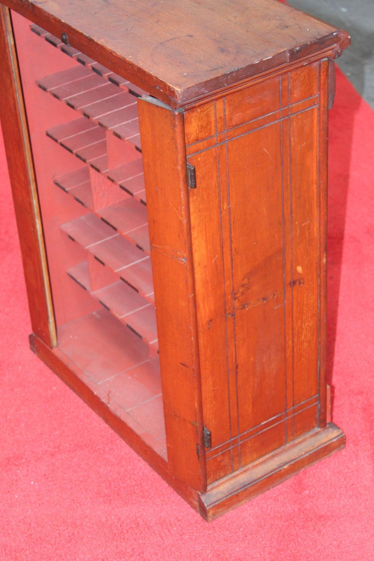 Early 1900s Diamond Dyes Lithograph Display Cabinet For Sale 9