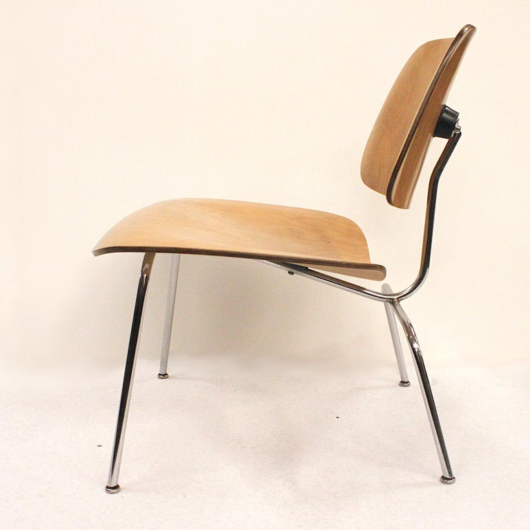 American Early 1950s Mid-Century Modern Eames LCM Birch Lounge Chair by Herman Miller For Sale