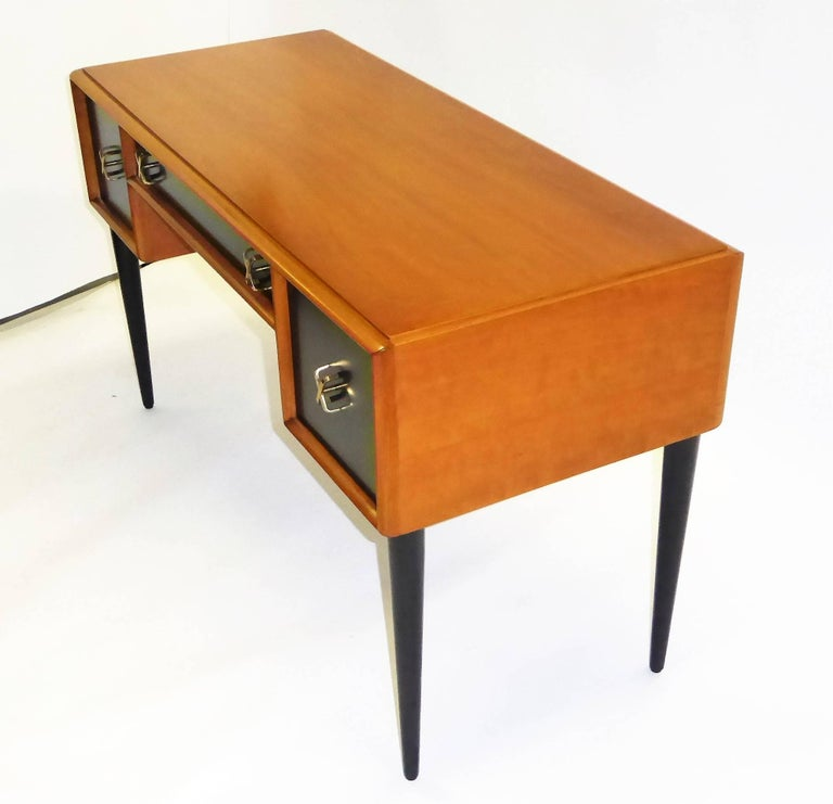 Early 1950s Paul Frankl Desk Vanity for John Stuart Johnson Furniture In Excellent Condition For Sale In Miami, FL