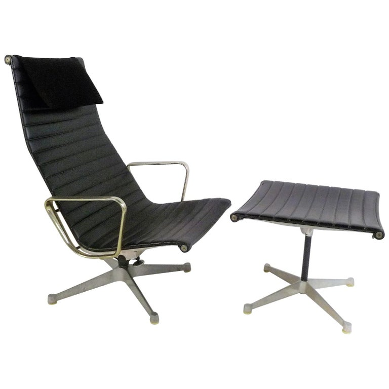 Early 1960s Eames Aluminum Group Lounge Chair and Ottoman For Sale