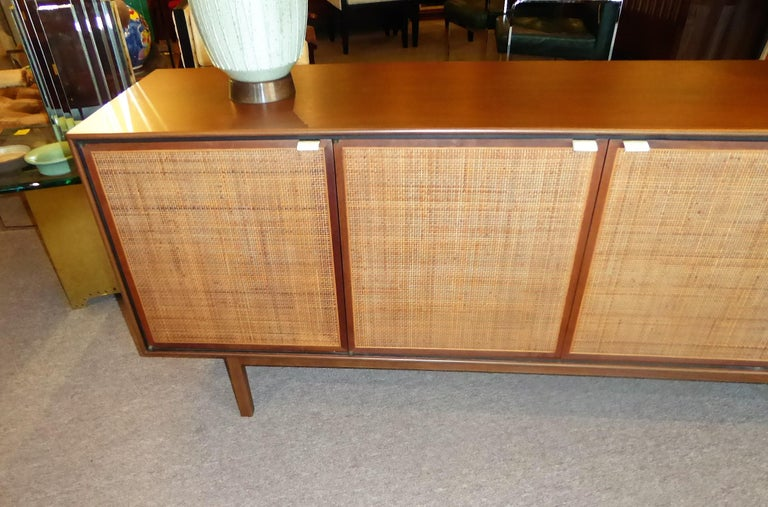 Early 1960s Founders Furniture Florence Knoll Style Walnut Credenza For Sale 3