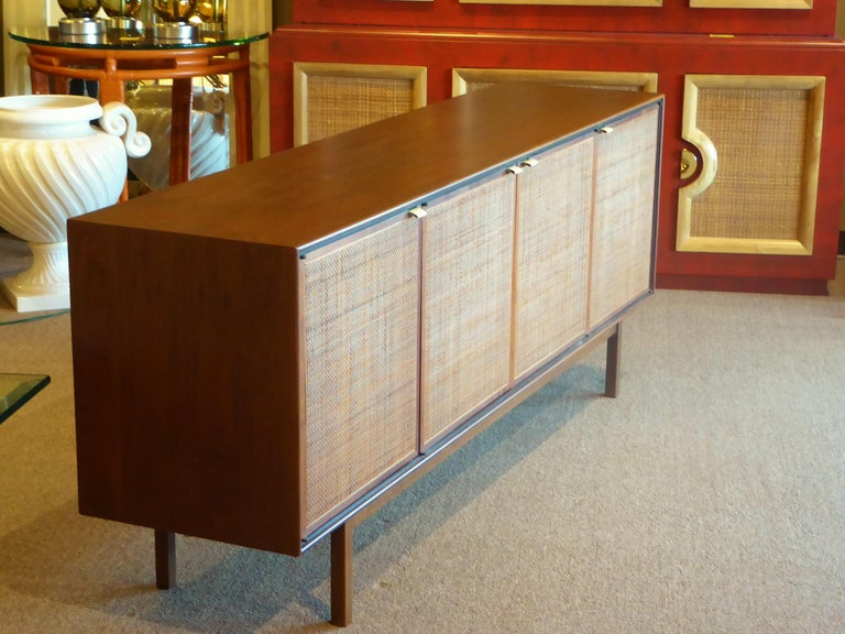Mid-Century Modern Early 1960s Founders Furniture Florence Knoll Style Walnut Credenza For Sale