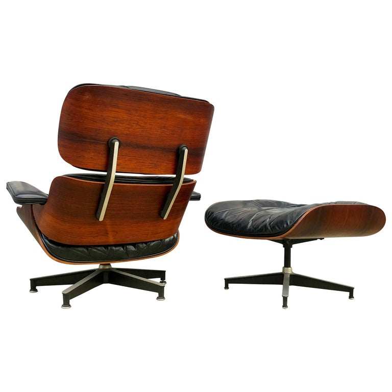 Early 1960s Herman Miller Eames Lounge Chair And Ottoman For Sale At