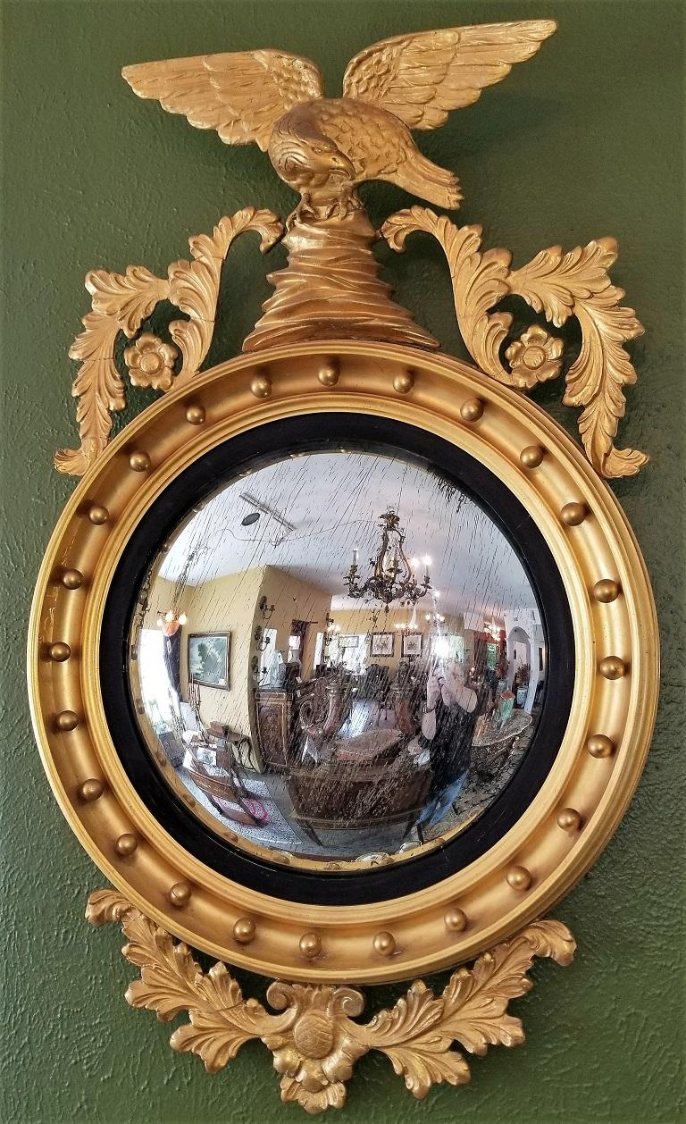 American Early 19th Century Federal Eagle Wood and Gesso Gilded Convex Mirror For Sale