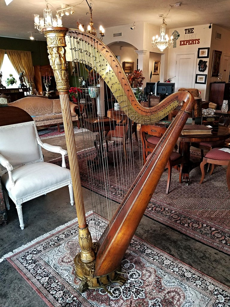 English Mid 19th Century T. Dodd & Sons London Harp For Sale