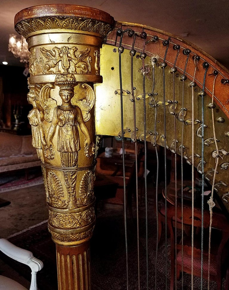 Hand-Carved Mid 19th Century T. Dodd & Sons London Harp For Sale