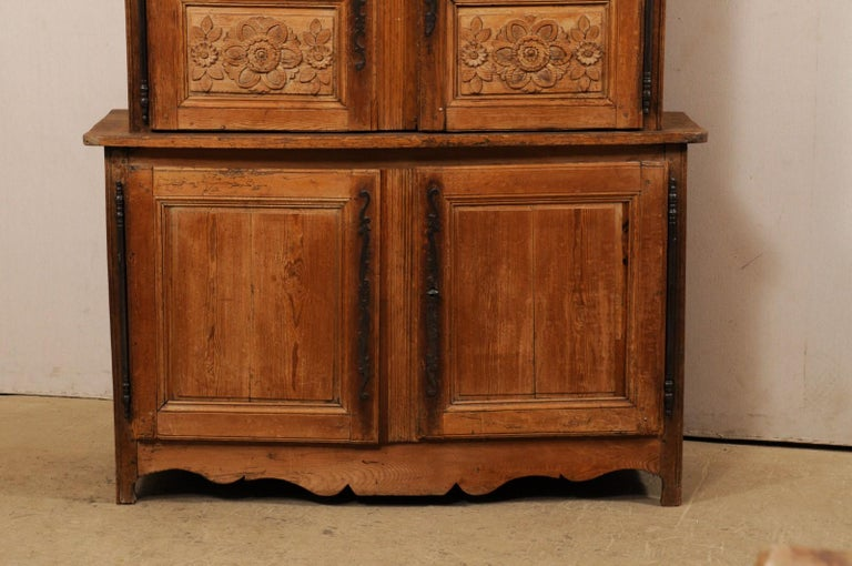 19th Century French Buffet à Deux-Corps Adorn with Beautifully Carved Florals For Sale