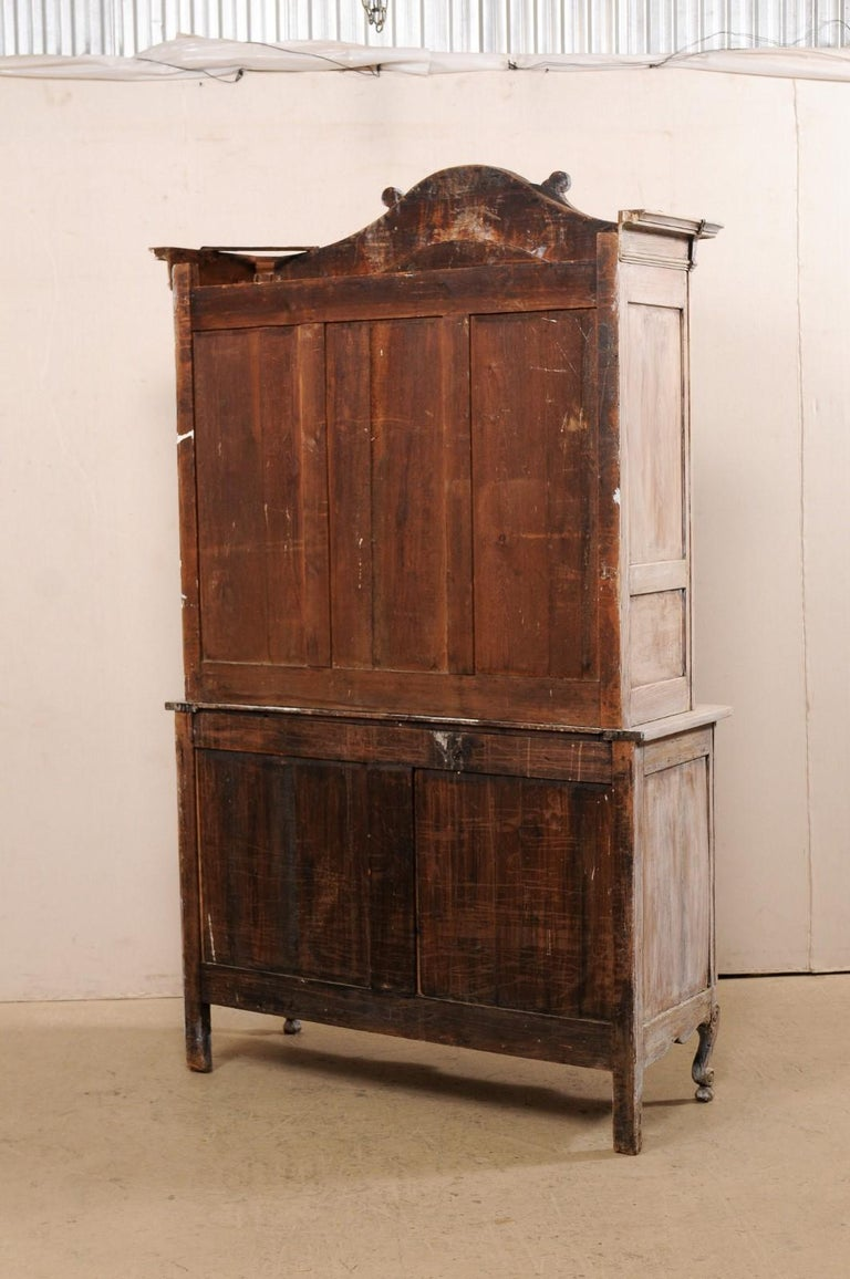 Early 19th C. French Buffet à Deux-Corps Cabinet w/ Scrolling Pediment Bonnet For Sale 1