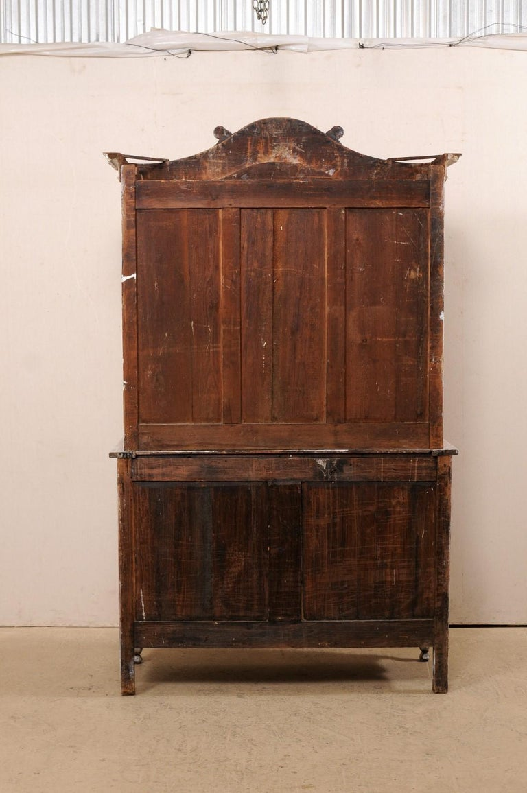 Early 19th C. French Buffet à Deux-Corps Cabinet w/ Scrolling Pediment Bonnet For Sale 2