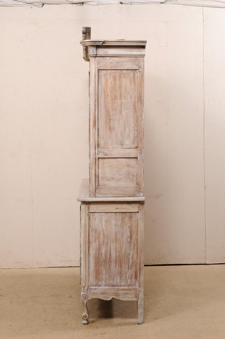 Early 19th C. French Buffet à Deux-Corps Cabinet w/ Scrolling Pediment Bonnet For Sale 4