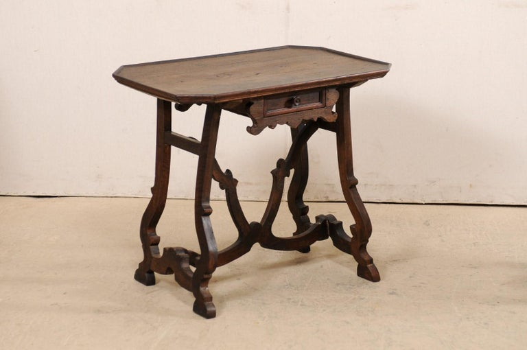 Early 19th C Italian Pair Walnut Side Tables with Lrye-Legs and Single Drawer For Sale 1