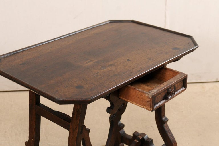 Early 19th C Italian Pair Walnut Side Tables with Lrye-Legs and Single Drawer For Sale 2