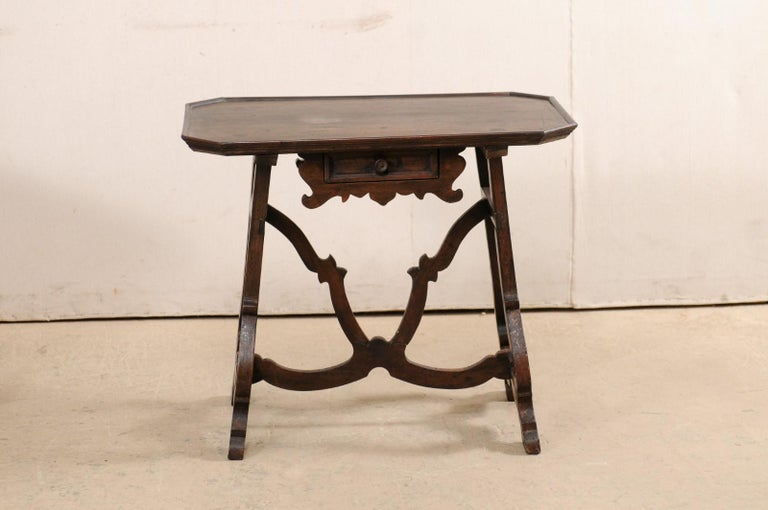 Early 19th C Italian Pair Walnut Side Tables with Lrye-Legs and Single Drawer For Sale 3