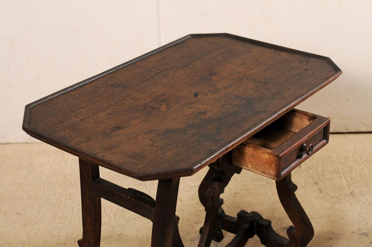 Early 19th C Italian Pair Walnut Side Tables with Lrye-Legs and Single Drawer For Sale 4