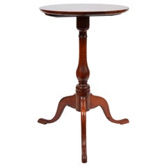 Early 19th Cent. American New England Queen Anne Style Cherrywood Candle Stand