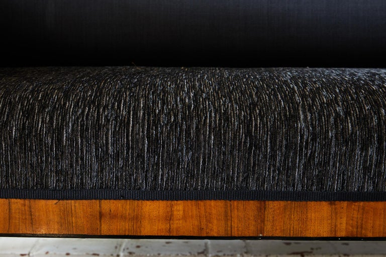 Early 19th Century Biedermeier Sofa of Cherry in Black Horsehair Fabric For Sale 2