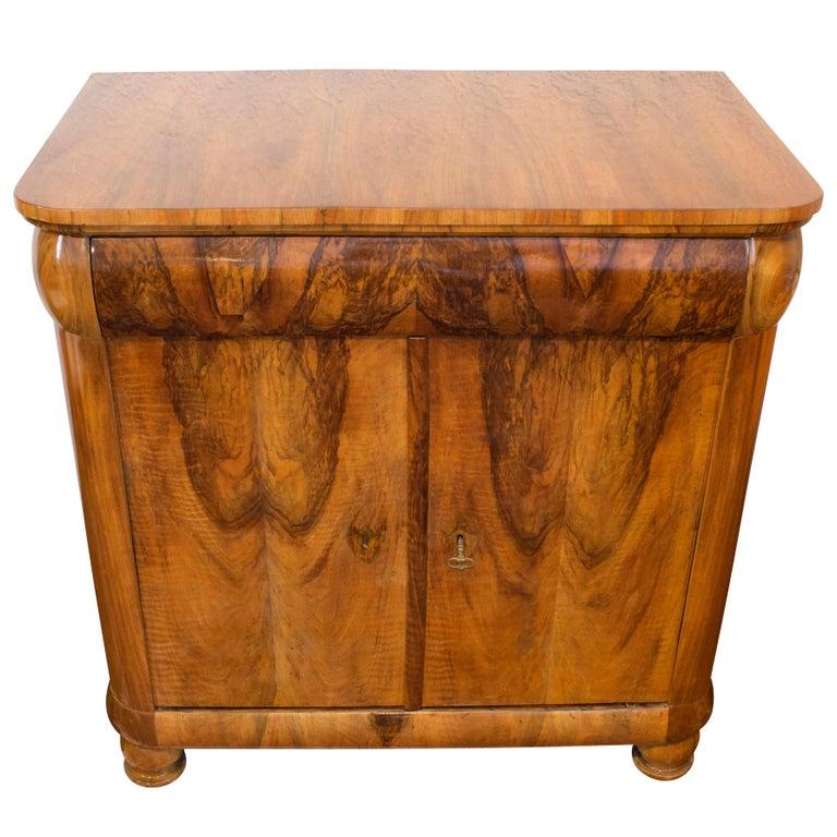 Early 19th Century Biedermeier Walnut Half Cabinet For Sale
