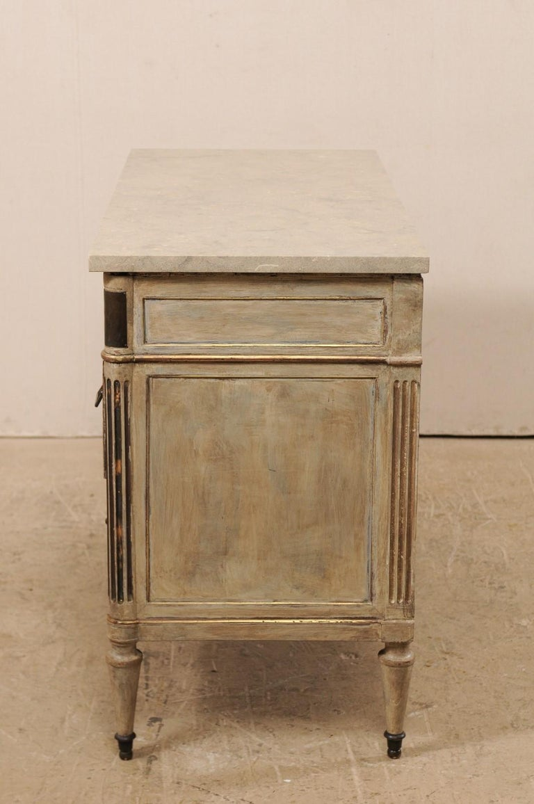 Early 19th C. French Neoclassical Commode with Fossilized Limestone Top For Sale 4