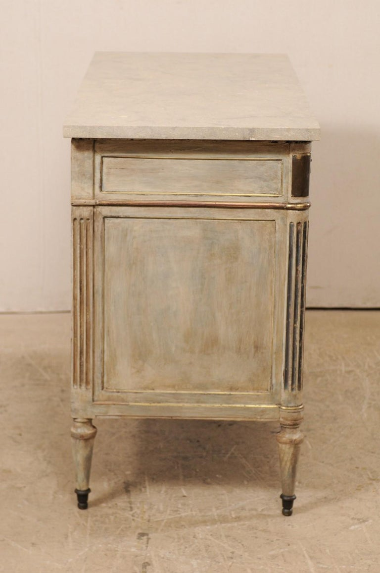 Early 19th C. French Neoclassical Commode with Fossilized Limestone Top For Sale 3