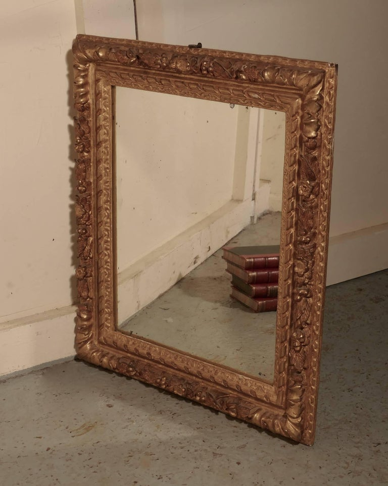 Early 19th Century Carved Wood Gilt Rococo Wall Mirror For Sale 1