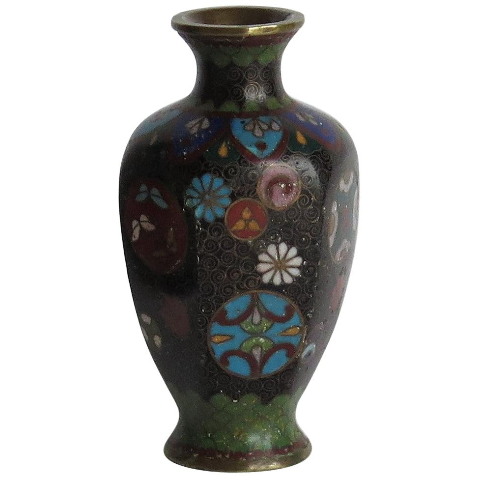 19th Century Japanese Cloisonné Small Vase, Meiji Period