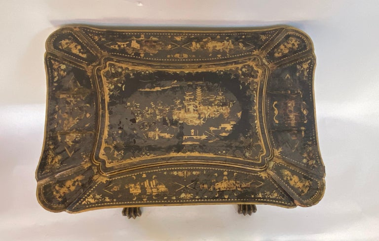 Early 19th Century Chinese Export Lacquer and Gilt Sew Working Table For Sale 4