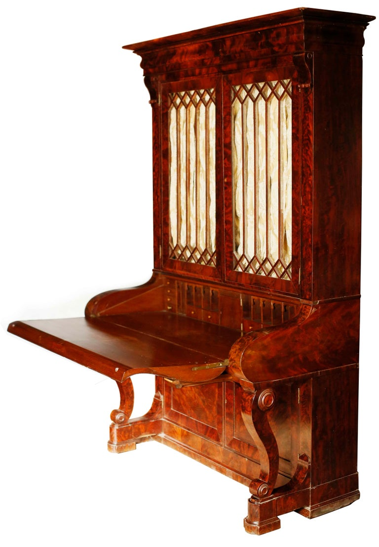 Early 19th Century Duncan Phyfe Grecian Plain Style Mahogany Secretary Bookcase For Sale 1