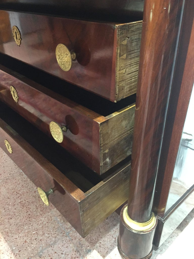 Early 19th Century Empire Flame Mahogany and Black Marble French Secretaire For Sale 4