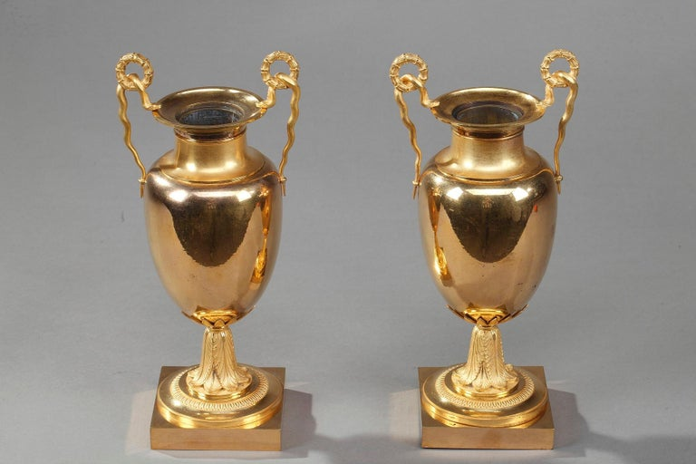 Early 19th Century Empire Gilt Bronze Krater Centerpiece Vases For Sale 8