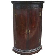 Early 19th Century English Georgian Style Oak Hanging Corner Cabinet