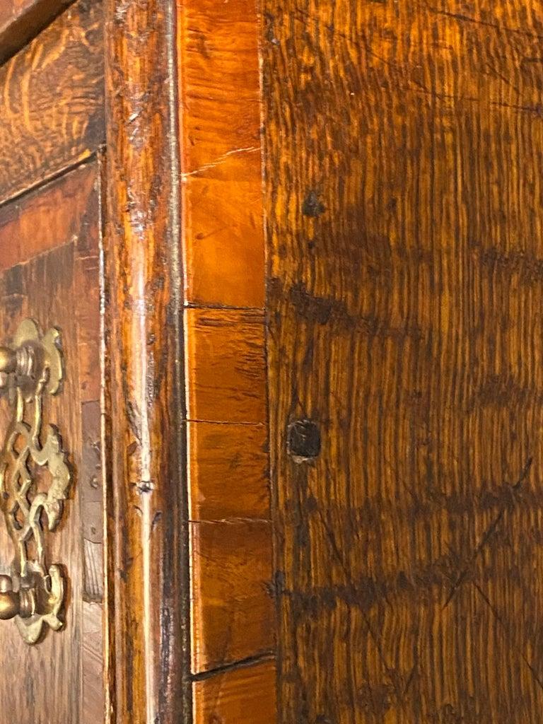 Early 19th Century English Hunt-Board or Sideboard 10