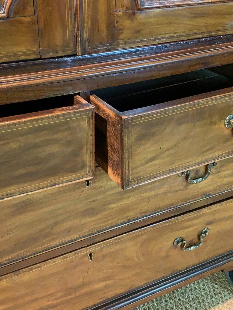 Early 19th Century English Mahogany Linen Press For Sale 5