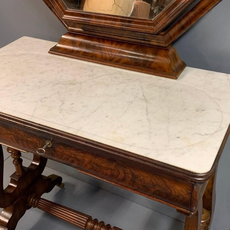 Early 19th Century English Regency Dressing Table with Original Marble In Good Condition In Uppingham, Rutland