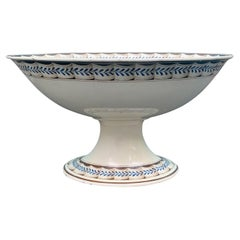 Early 19th Century English Wedgwood Creamware Compote Bowl Lag & Feather Pattern