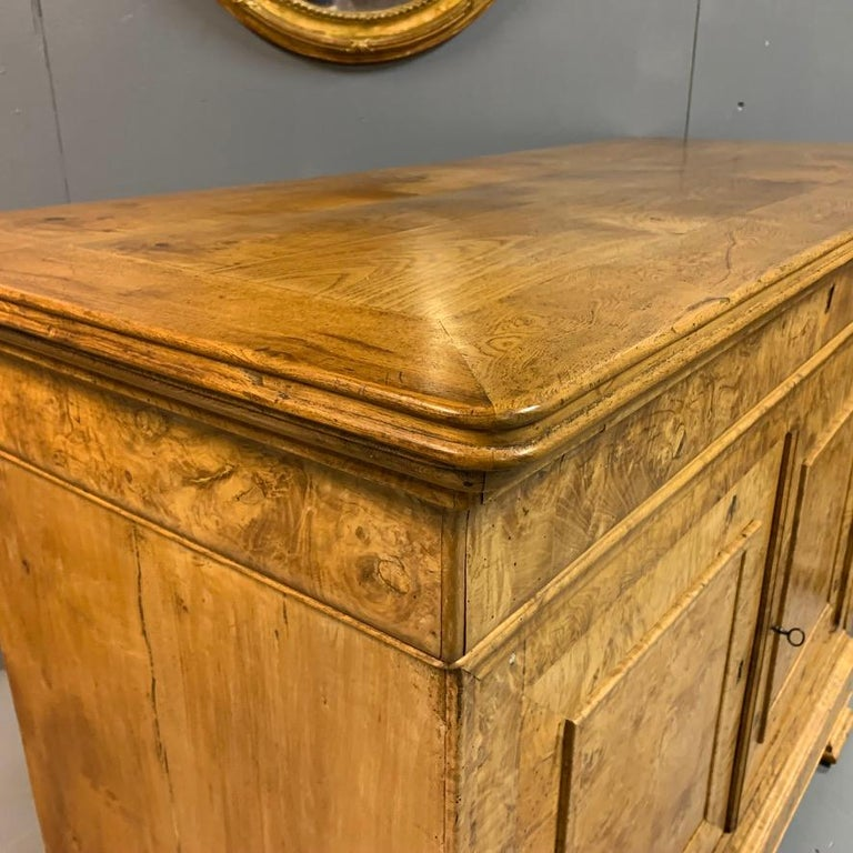 Louis Philippe Early 19th Century French Burr Ass Buffet Sideboard For Sale