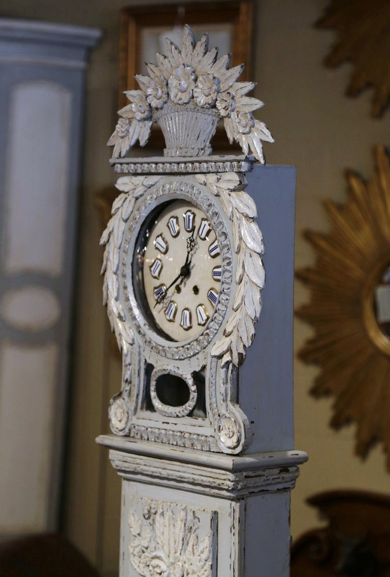 Early 19th Century French Carved Oak Painted Grandfather Clock from Normandy In Excellent Condition For Sale In Dallas, TX