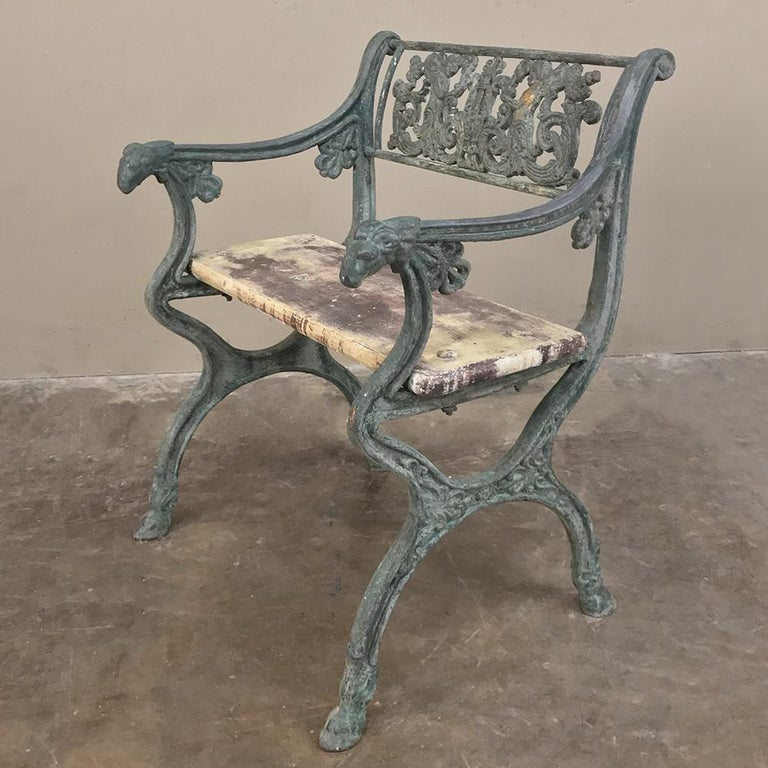 Early 19th Century French Charles X Cast Iron Armchair For Sale 1
