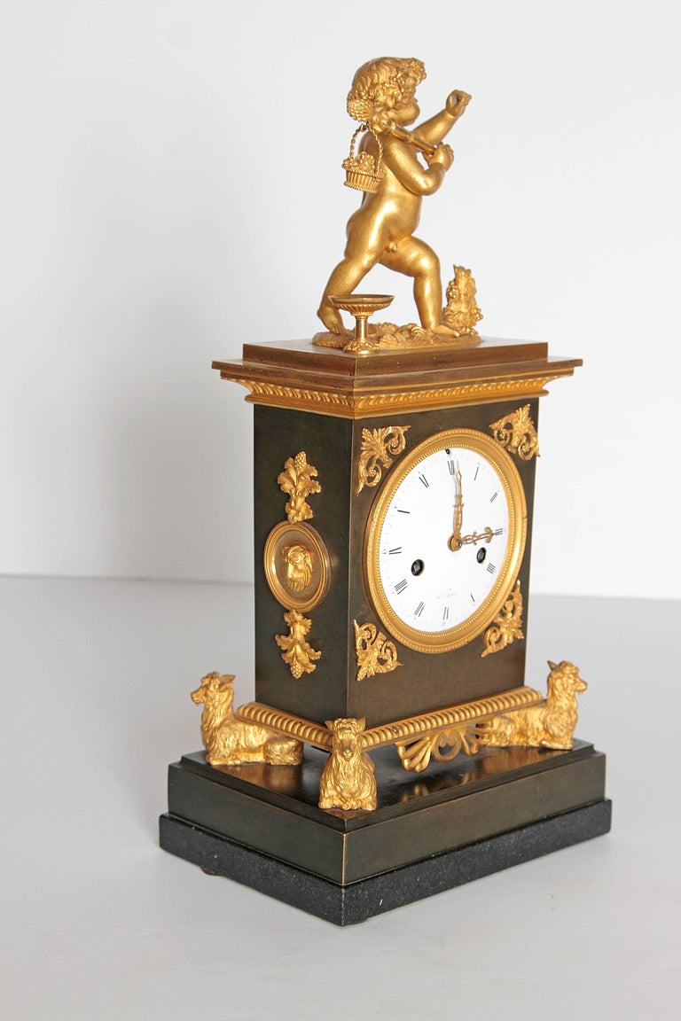 Early 19th Century French Clock with Putto For Sale 8