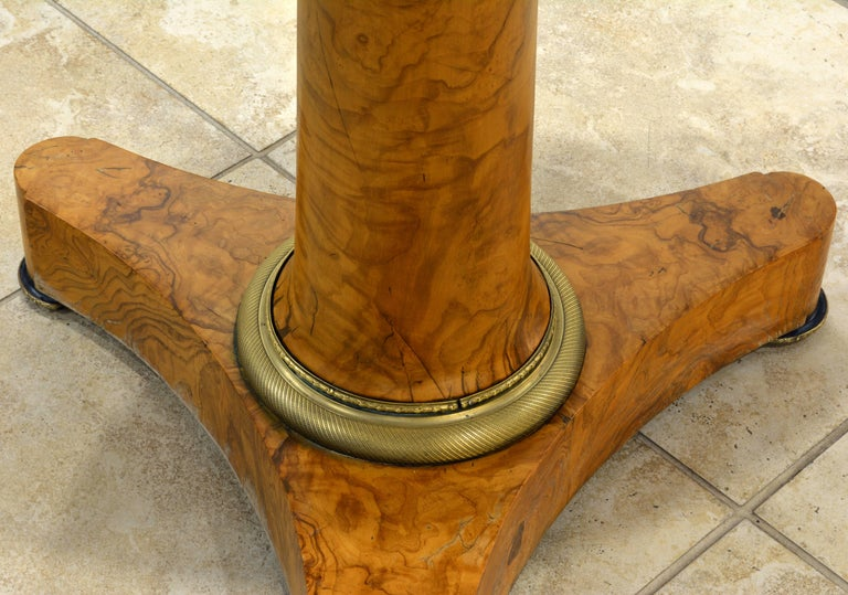 Gilt Early 19th Century French Empire Marble Top and Burl Wood Round Centre Table For Sale