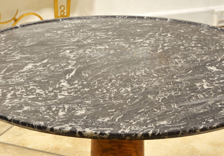 Early 19th Century French Empire Marble Top and Burl Wood Round Centre Table In Good Condition For Sale In Ft. Lauderdale, FL