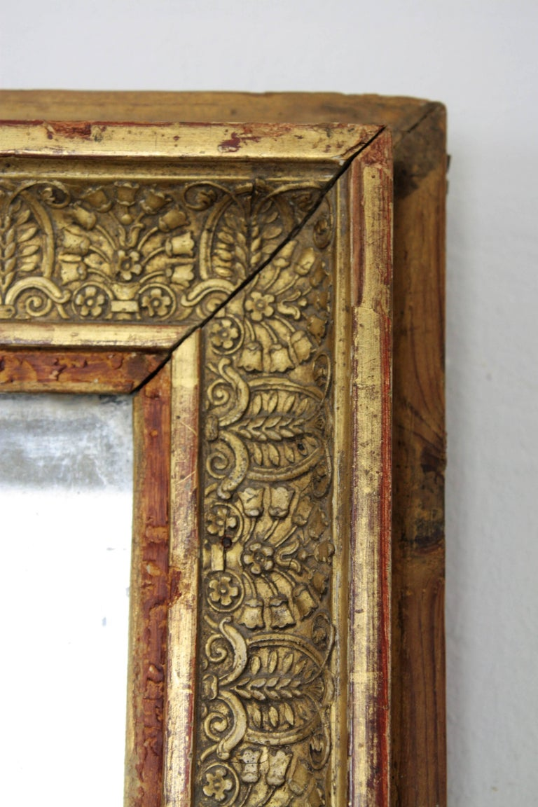 Early 19th Century French Empire Red and Gold Giltwood Rectangular Mirror For Sale 1