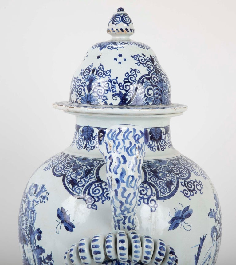 Early 19th Century French Faience Lidded Jar For Sale 6