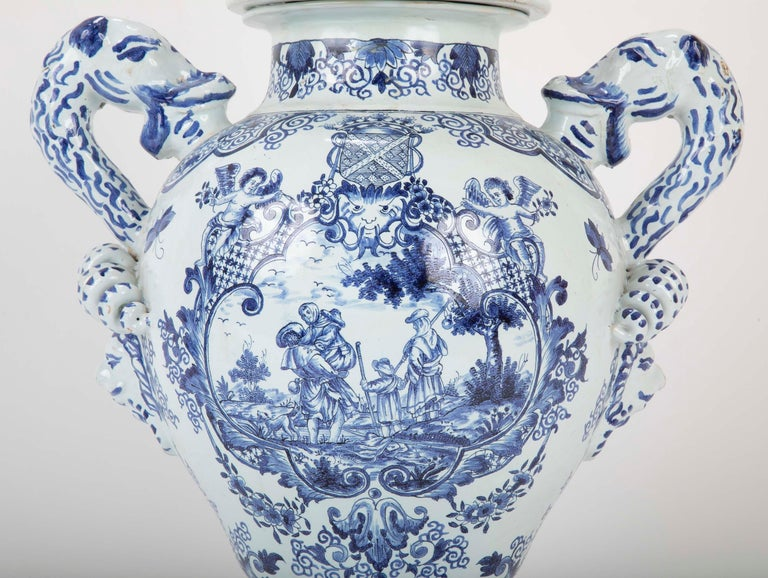 Early 19th Century French Faience Lidded Jar For Sale 8