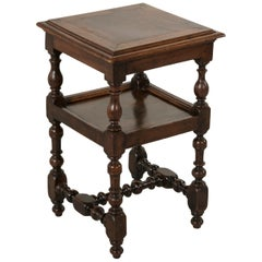 Early 19th Century French Louis XIII Style Walnut Side Table with Turned Legs