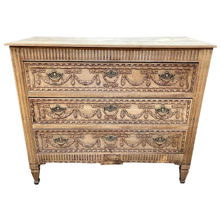 Early 19th Century French Louis XVI Style Bleached Commode For Sale