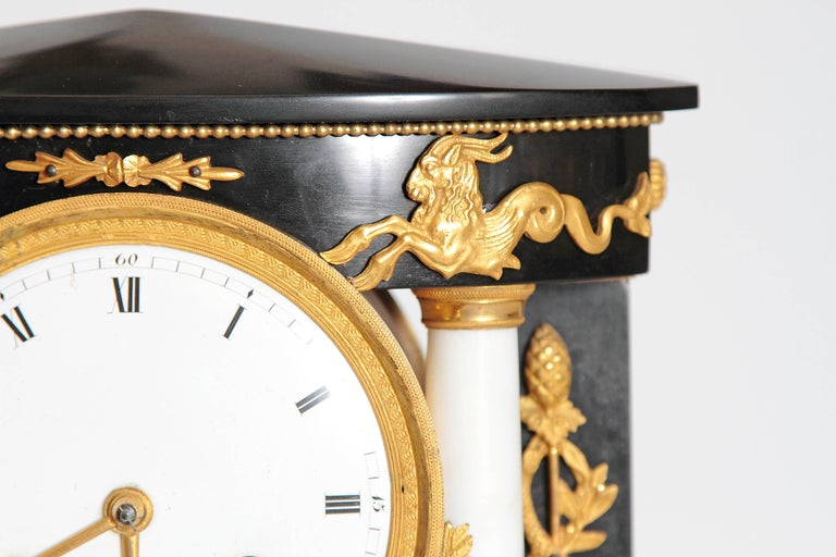 Early 19th Century French Neoclassic Clock For Sale 2