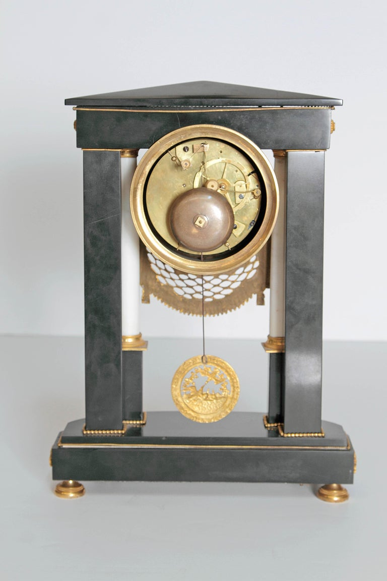 Early 19th Century French Neoclassic Clock For Sale 1